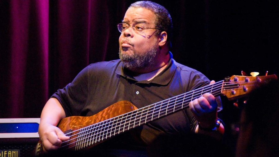 5 Knockout Anthony Jackson Bass Performance Videos You Must See